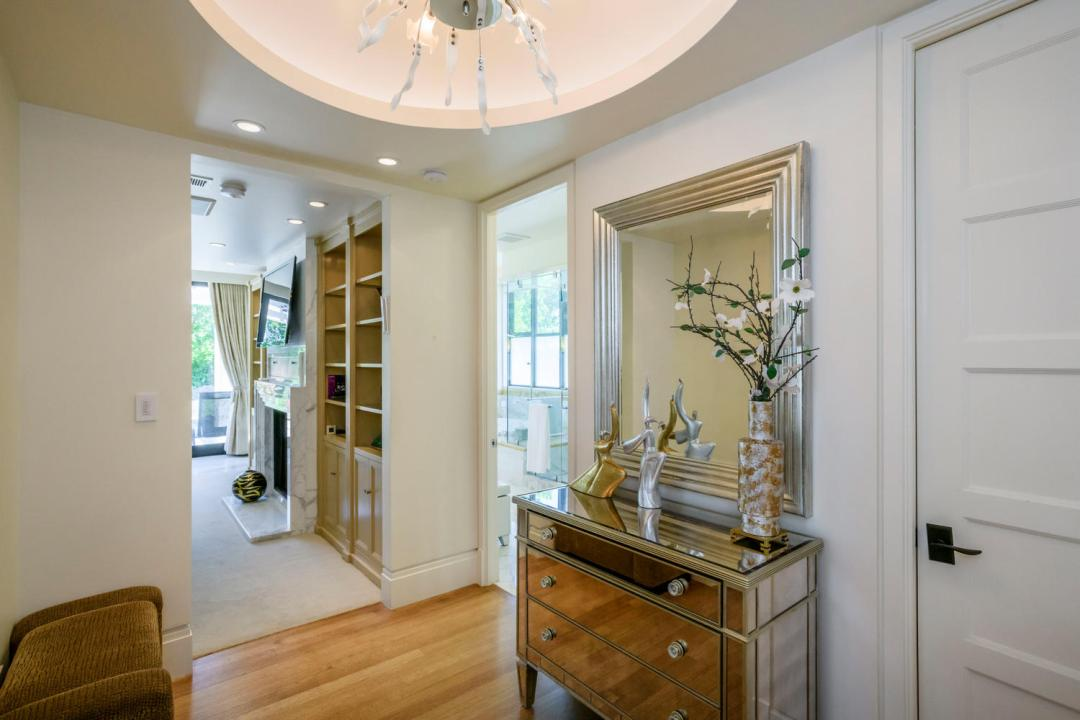 930 Hillsborough Blvd-large-029-21-Master Bedroom Ensuite-1500x1000-72dpi