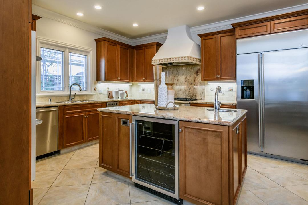 840 Newhall Rd Burlingame CA-large-016-25-Kitchen-1500x1000-72dpi