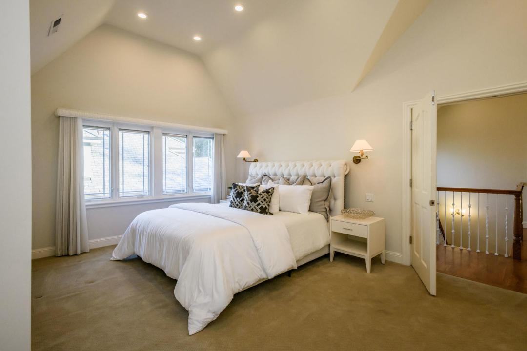 840 Newhall Rd Burlingame CA-large-029-16-Master Bedroom-1500x1000-72dpi