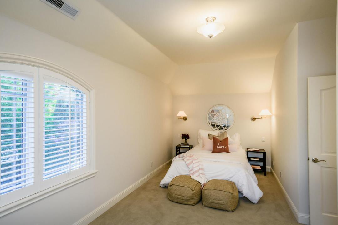 840 Newhall Rd Burlingame CA-large-036-22-Bedroom-1500x1000-72dpi