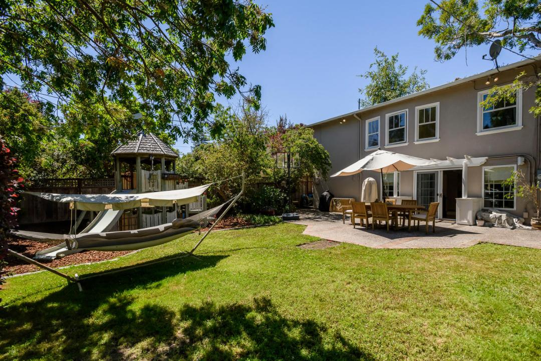 1212 Bernal Ave Burlingame CA-large-029-028-1212Bernal 0291-1500x1000-72dpi