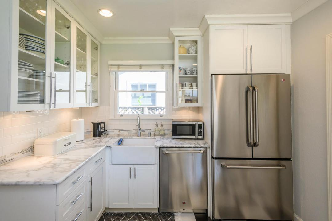632 Vernon Way Burlingame CA-large-011-011-632Vernon 0028-1500x1000-72dpi