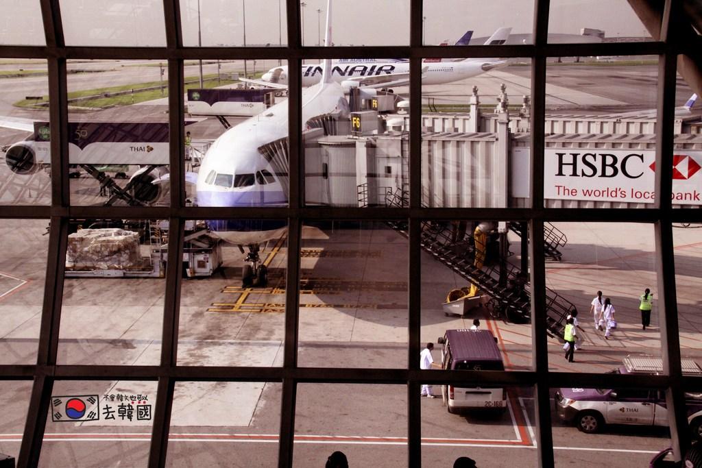 泰國曼谷》令人難忘的泰國蘇凡納布機場(Suvarnabhumi Airport)