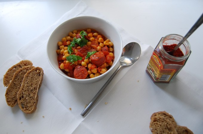 Midweek Wonders: Chickpea and Chorizo Stew