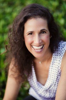 A Holistic Approach to Post Traumatic Stress Disorder – Interview with Michele Rosenthal