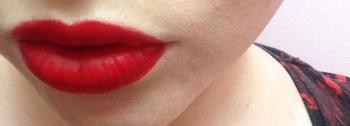 lipsense-blu-red-glossy-liquid-lipstick4