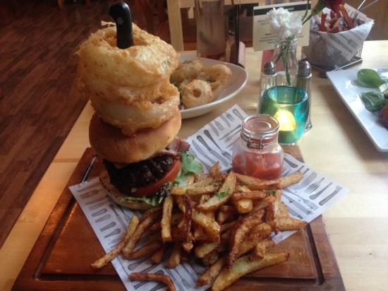 nom-restaurant-hanley-stoke-nom-burger