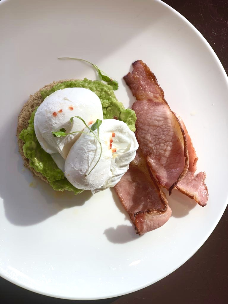 poached eggs smashed avacado The Cavendish breakfast