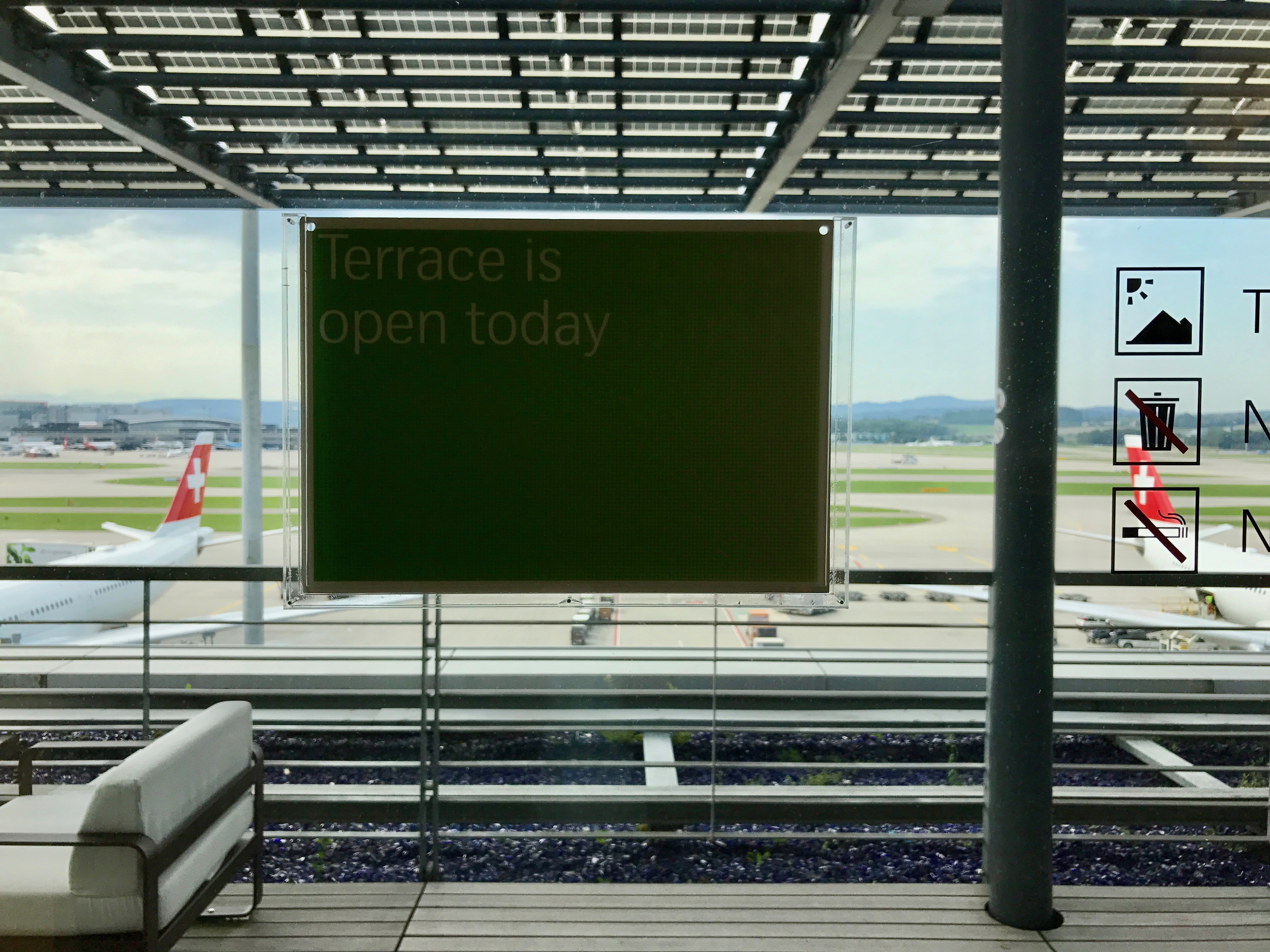Swiss First Class Lounge at Zurich entrance to the terrace