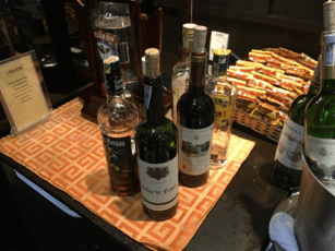 Vietnam airlines business class lounge wines