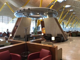 More seating at the Iberia Sala Dalí in Madrid T4