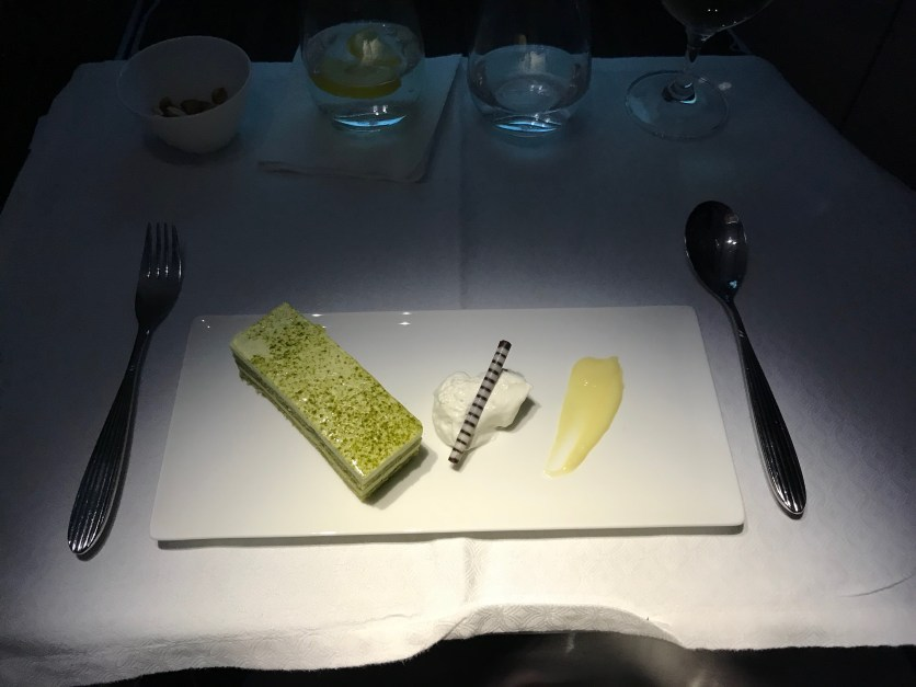 Qatar Airways A350 business class Haneda to Doha dessert
