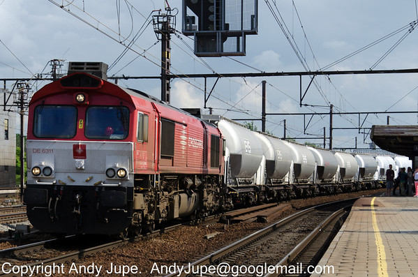 Crossrail liveried DE6311 also known as 266 281-5 also heads north through Antwerp-Bercham on the 29th of July 2013.