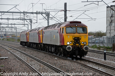 57 304 leads 57 302 & 57 309 on 0Z30 through Rugby on the 4th April 2012