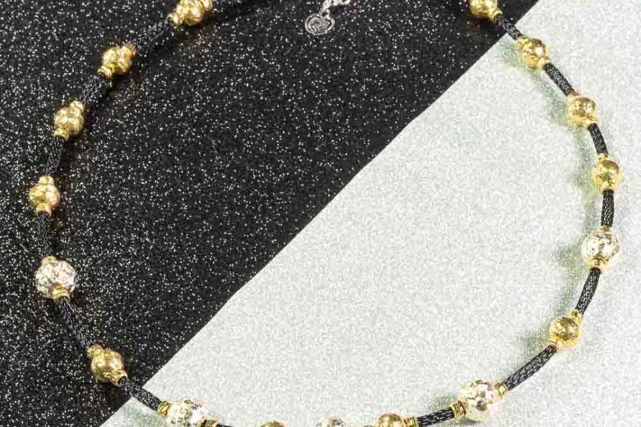 Collana color oro argento-925 e sfere