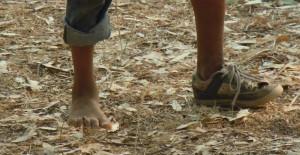 piedi_bambini_immigrati