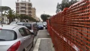 strisce, marciapiede via Annunziatella
