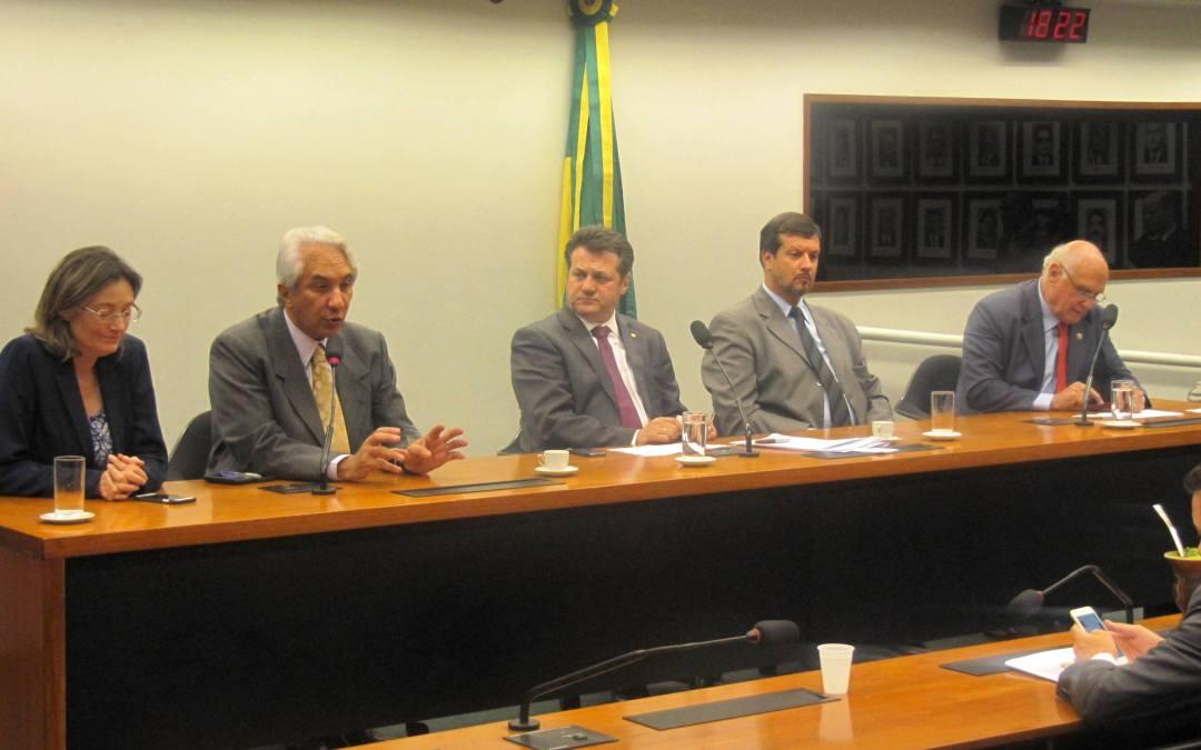 Saiu na mídia – Polo Naval do Rio Grande e rodovias são temas de reuniões da bancada gaúcha