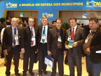 XVIII-marcha-dos-prefeitos-brasilia-giovani-cherini (4)