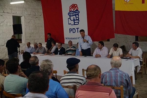 Giovani Cherini participa de reunião com lideranças partidárias em Boqueirão do Leão