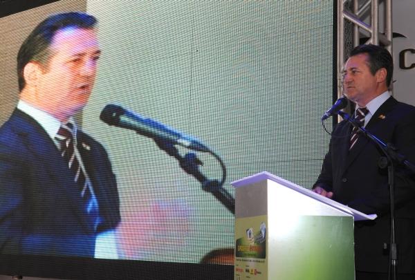 Deputado Giovani Cherini representa a Câmara Federal no lançamento da Expodireto