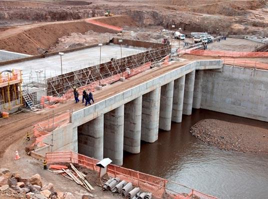 Obras da barragem Taquarembó em Dom Pedrito/RS