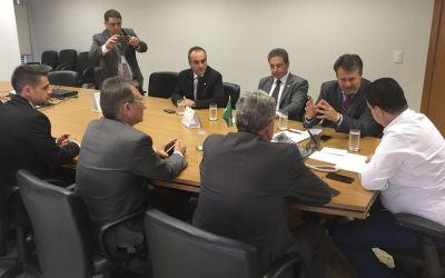 BANCADA GAÚCHA FEDERAL BUSCA RECURSOS PARA RECONSTRUÇÃO DA PONTE SOBRE O RIO JAGUARI
