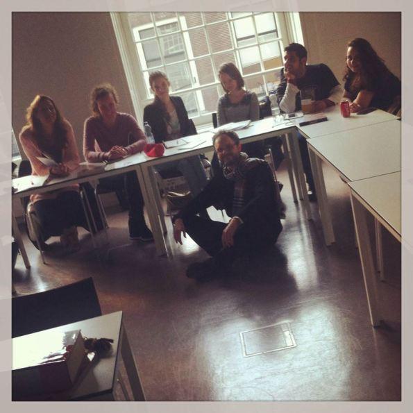 Con gli studenti del corso d'Italiano del Prof. Carlo Giordano all'Università di Utrecht (Olanda), al termine di una lezione su scrittura e traduzione.