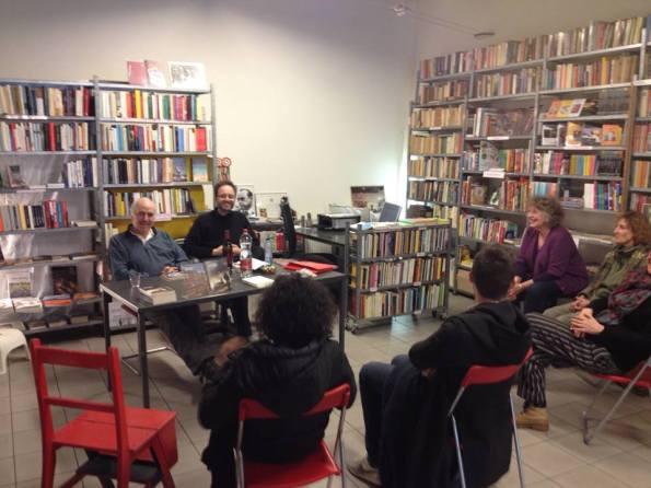"""Con Marino Magliani alla Libreria Bonardi (Amsterdam), in occasione della presentazione di """"Partita di anime"""" (28 marzo 2014)"""