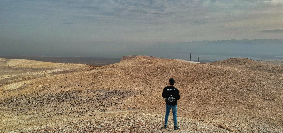 hitchhiking dead sea