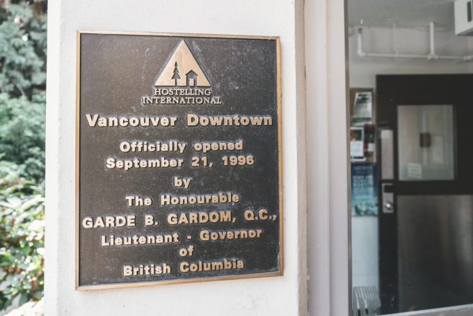 HI Vancouver Downtown plate