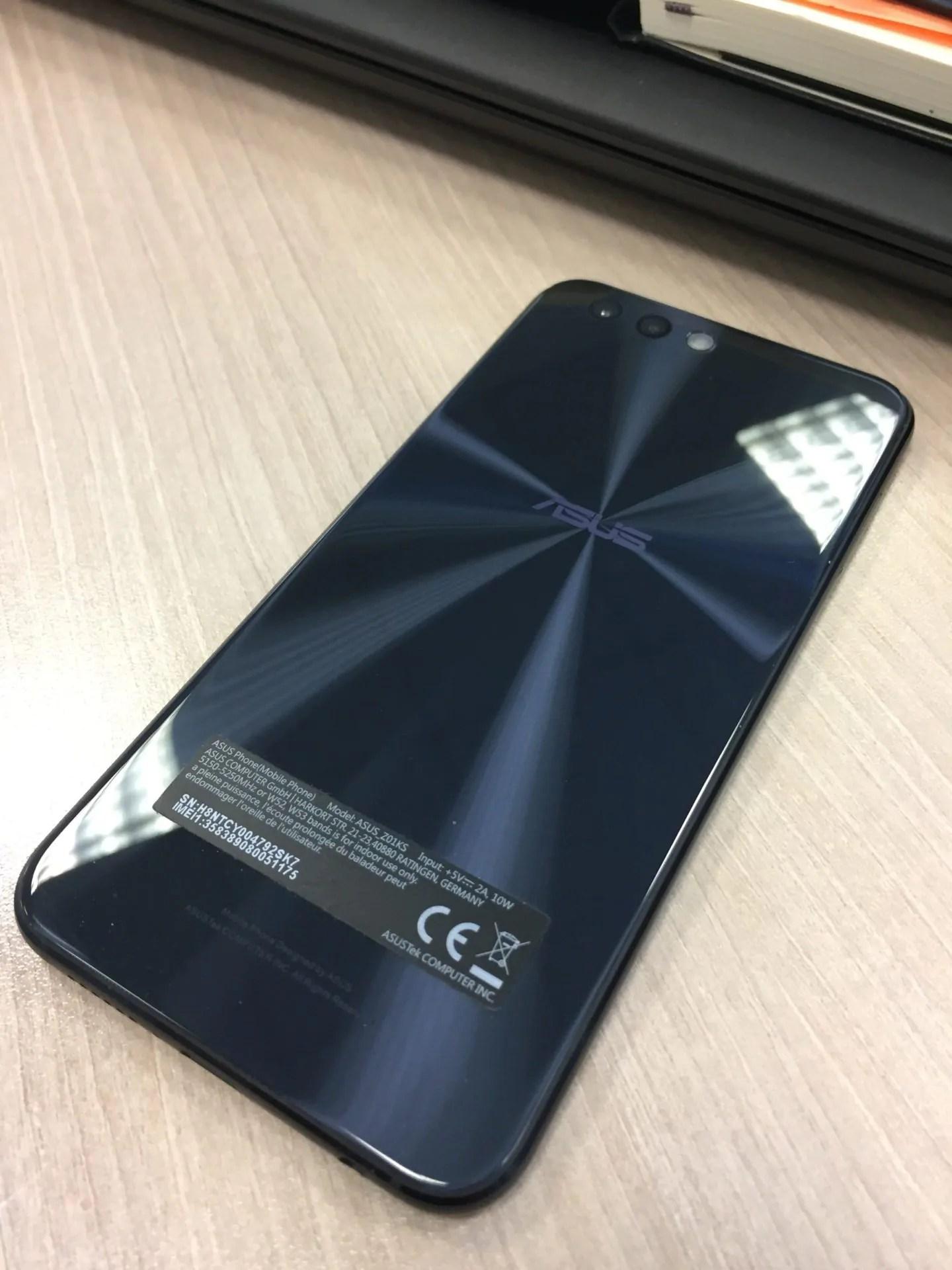 ASUS ZenFone 4 (ZE554KL) 2