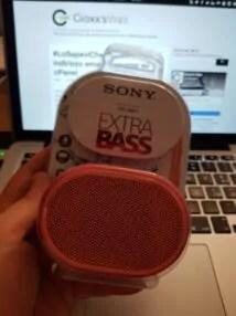 Sony SRS-XB01: cambiando l'ordine degli addendi ... 1