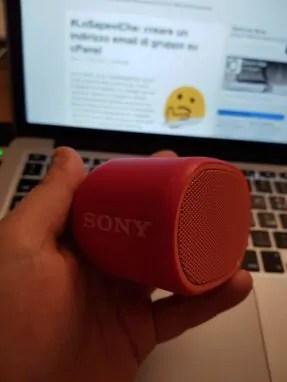 Sony SRS-XB01: cambiando l'ordine degli addendi ... 6