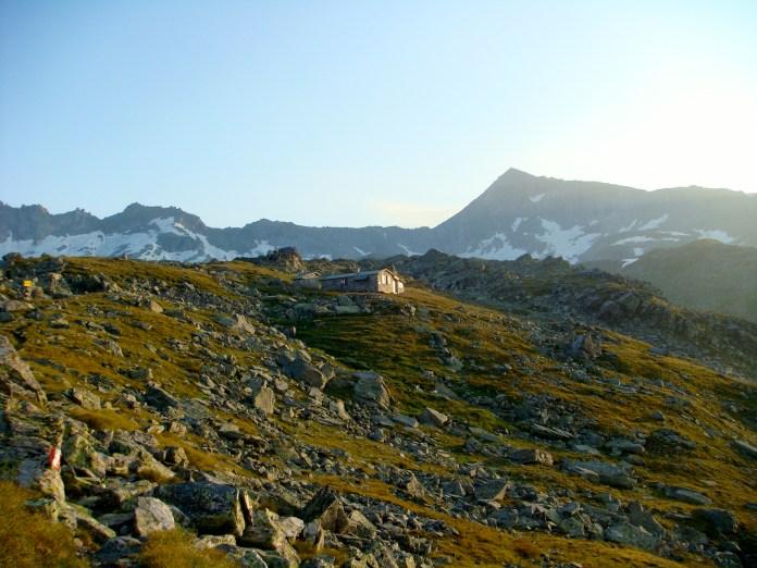 Mindener Hütte mit Gamskarlspitz © Gipfelfieber.com
