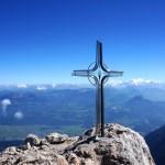 Wohl eines der schönsten Gipfelkreuze in den Alpen © Gipfelfieber.com