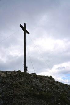 Das Gipfelkreuz der Hohen Kiste © Gipfelfieber.com