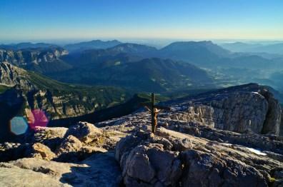 Eins der Gipfelkreuze am Hocheck © Gipfelfieber.com