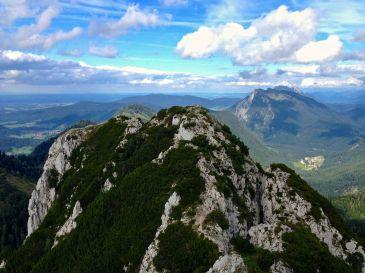 Blick nach Osten und Ruhpolding © Gipfelfieber.com
