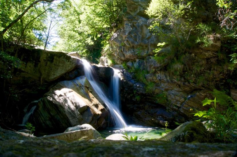 Badewanne unterm Wasserfall © Gipfelfieber.com
