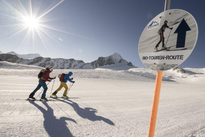 Pistengehen auf einer Skitourenroute am Kitzsteinhorn ©Niedring/Kitzsteinhorn/Kaprun