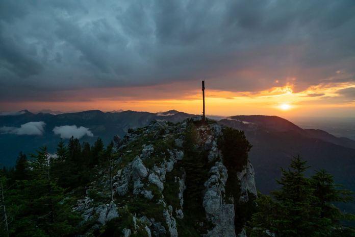 Wanderung auf die Sonnwendwand: Dem Trubel so nah und doch so fern ©Gipfelfieber