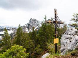 Sulzgrabenkopf - Das schönste Gipfelkreuz der Chiemgauer AlpenKamm zum Sulzgrabenkopf ©Gipfelfieber