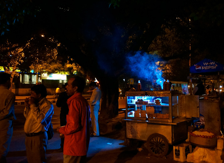 street food vendor, janpath, new delhi