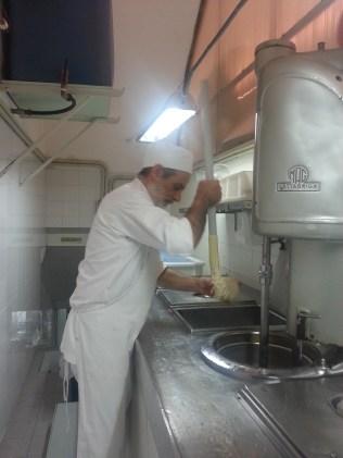 mantecare il gelato