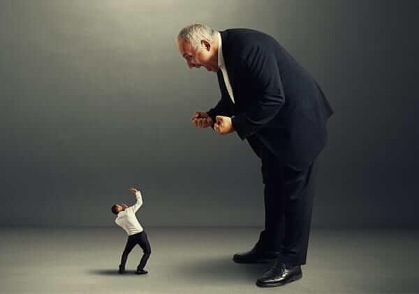 İyi Çalışanlarını İşten Ayrılmasına Zorlayan 9 Yönetici Hatası