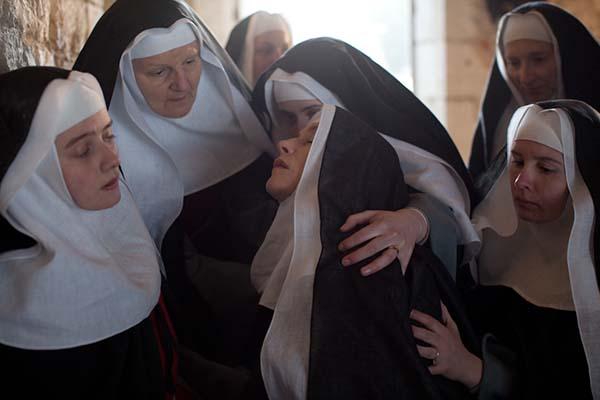 Монахиня направи скандални признания за живота зад стените на манастира! По-ужасно е от затвор!