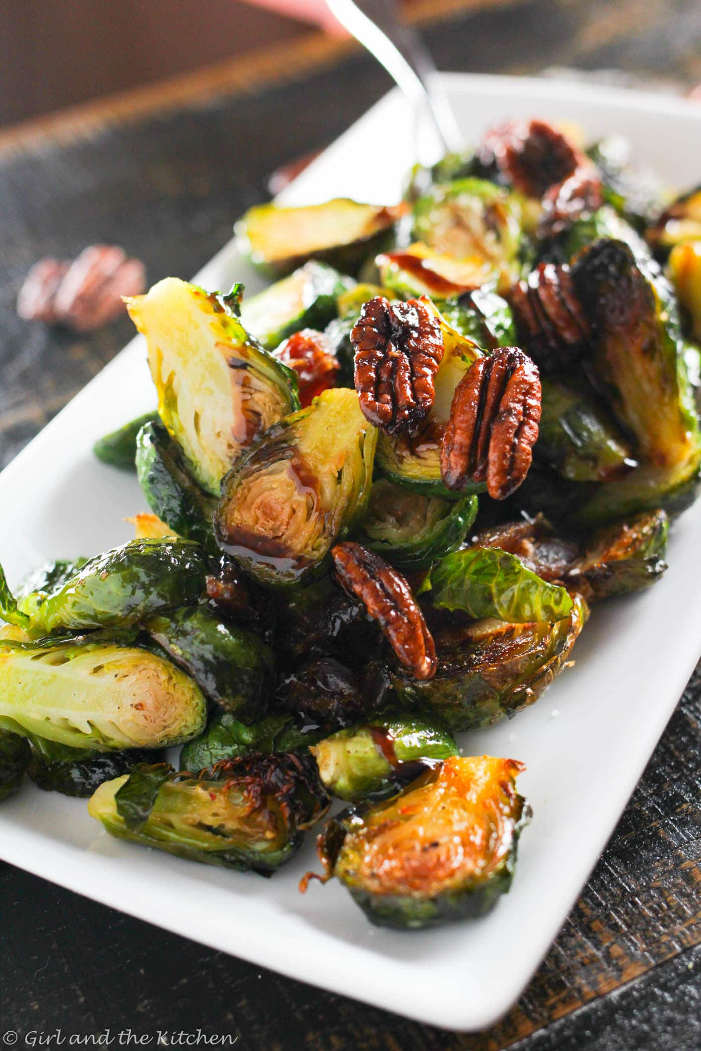 Balsamic-Glazed-Oven-Roasted-Brussels-Sprouts-1-of-5