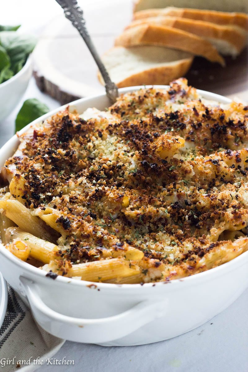 Meet the sauce of all sauces! This delicious and super creamy parmesan and sun-dried tomato pasta is full of savory flavors and loads of cheesy goodness. It is topped with plenty of Parmesan and bread crumbs and baked off until it is golden and cheesy perfection.