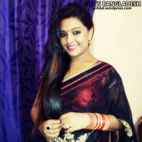 Bangladeshi Hot Aunty 'Nasrin Marjina' New Photo